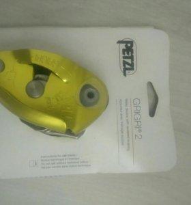 Спусковое (страховочное) устройство Petzl grigri 2