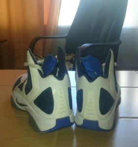 Баскетбольные кроссовки Nike Hyperfuse 11