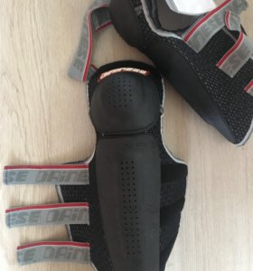 Наколенники мото DAINESE knee guard freestyl 05
