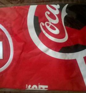 Футболки Coca Cola.
