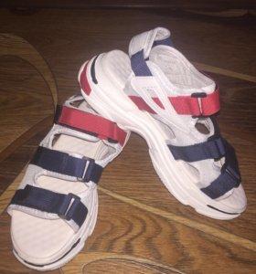 Сандали кроссовки 40 Balenciaga
