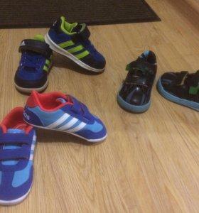 Adidas кроссовки на малыша