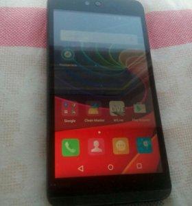 Смартфон  dual sim андроид q338