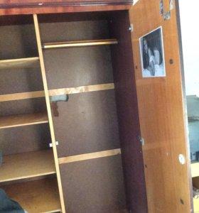Вещевой шкаф
