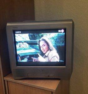 Телевизор Sony легко носить с собой