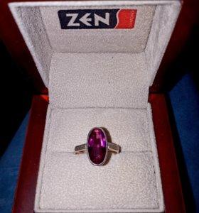 Прекрасное серебряное кольцо/рубин Винтаж! Сер 875
