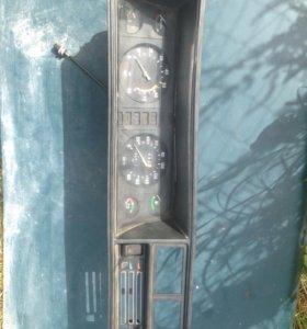 Приборная панель на ВАЗ-2107