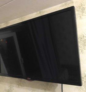 """Телевизор LG 32"""""""
