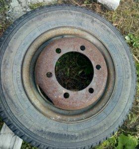 Продам шины с дисками от небольшого грузовика