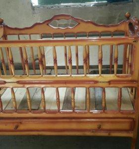 Детская кроватка ручной работы
