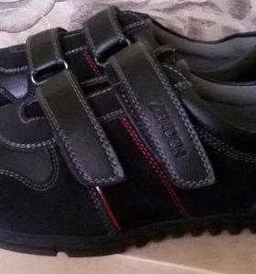 Туфли школьные новые р.38