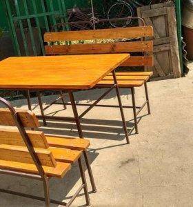 Скамьи и стол
