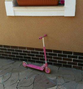 Самокат детский розовый