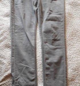 Легкие удобные джинсы-стреч на лето (размер 44)