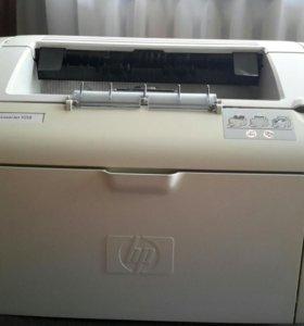 Принтер HP LaserJet 1018 + новый картридж