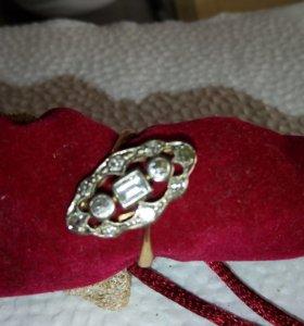 Антикварное кольцо с 11 природными бриллиантами