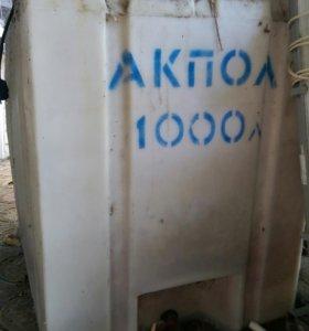 Бочка пластиковая 1000 л б\у