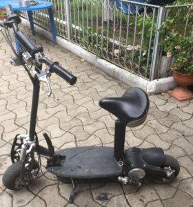 Мощный электросамокат ArmadaScooter.