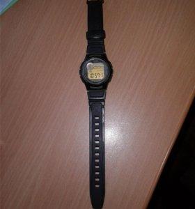 Продам часы оригинальные-casio