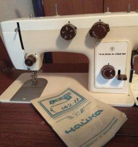 Новая швейная машинка Чайка 142м