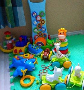 Игрушки для детей 1,5-2 лет жирафик Софи каталки