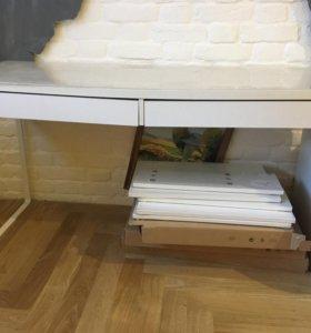 Компьютерный стол IKEA белый с двумя ящиками б/у