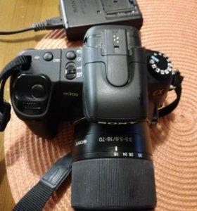 Зеркальный фотоаппарат a300.