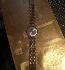 Часы с браслетом 585 проба золото