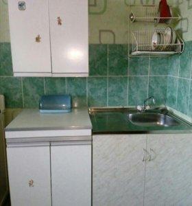 Кухонные шкафы и мойка