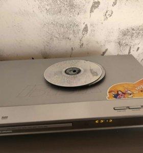 Продаётся DVD плеер