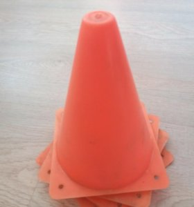 Конус для тренировок на роликах