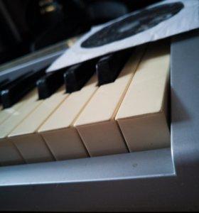 Midi клавиатура M-audio 61es