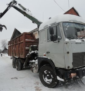 Ломовоз МАЗ-630300 с манипулятором ЛВ-180