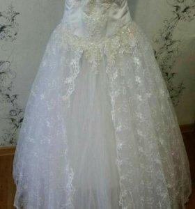 Продам или сдам в аренду свадебные платья