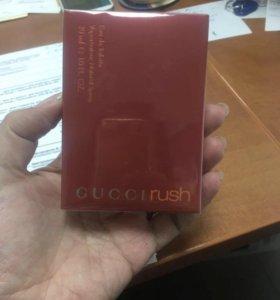 Продам новую парфюмированную воду. Оригинал