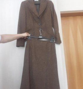 CATERINA LEMAN, новый костюм. Юбка/пиджак