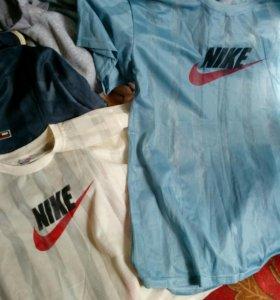 Новые футболки сеточки.Цена за три!
