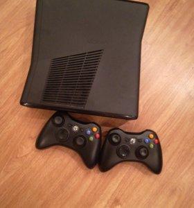 Xbox 360 , кинект , 2 геймпада и 35 игр .