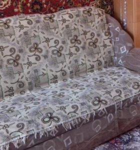 Продам диван.