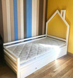 Кроватка Домик РОЗОВАЯ В НАЛИЧИИ