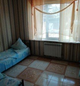 Комната, 80 м²