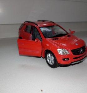 Продам модель машины Mercedes benz Ml-class