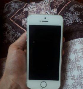 Продам Айфон 5s 16 g. Бело-серебристый