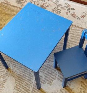 Детские стол и стул Икея