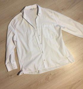 Белая свободная рубашка bershka