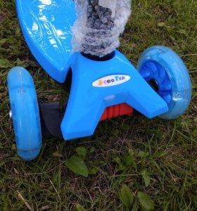 Самокат детский 3 колесный синий в наличии