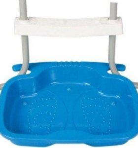 Пластиковая ванна для ног 56х46х9 см, для лестниц