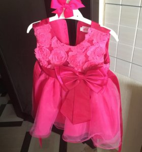 Пышное платье размер 80 + подарочек