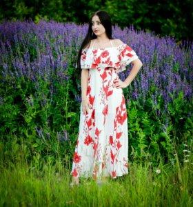 Платье бренда Simplee