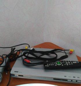 DVD плеер ВВК+2 микрофона+диск для караоке